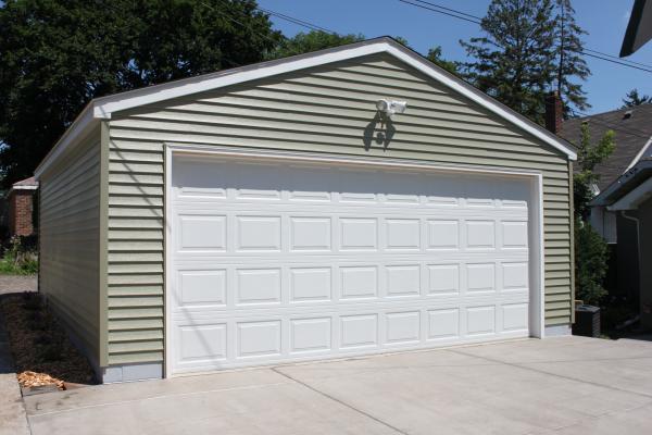 Bloomington Avenue 20x22 Detached Garage