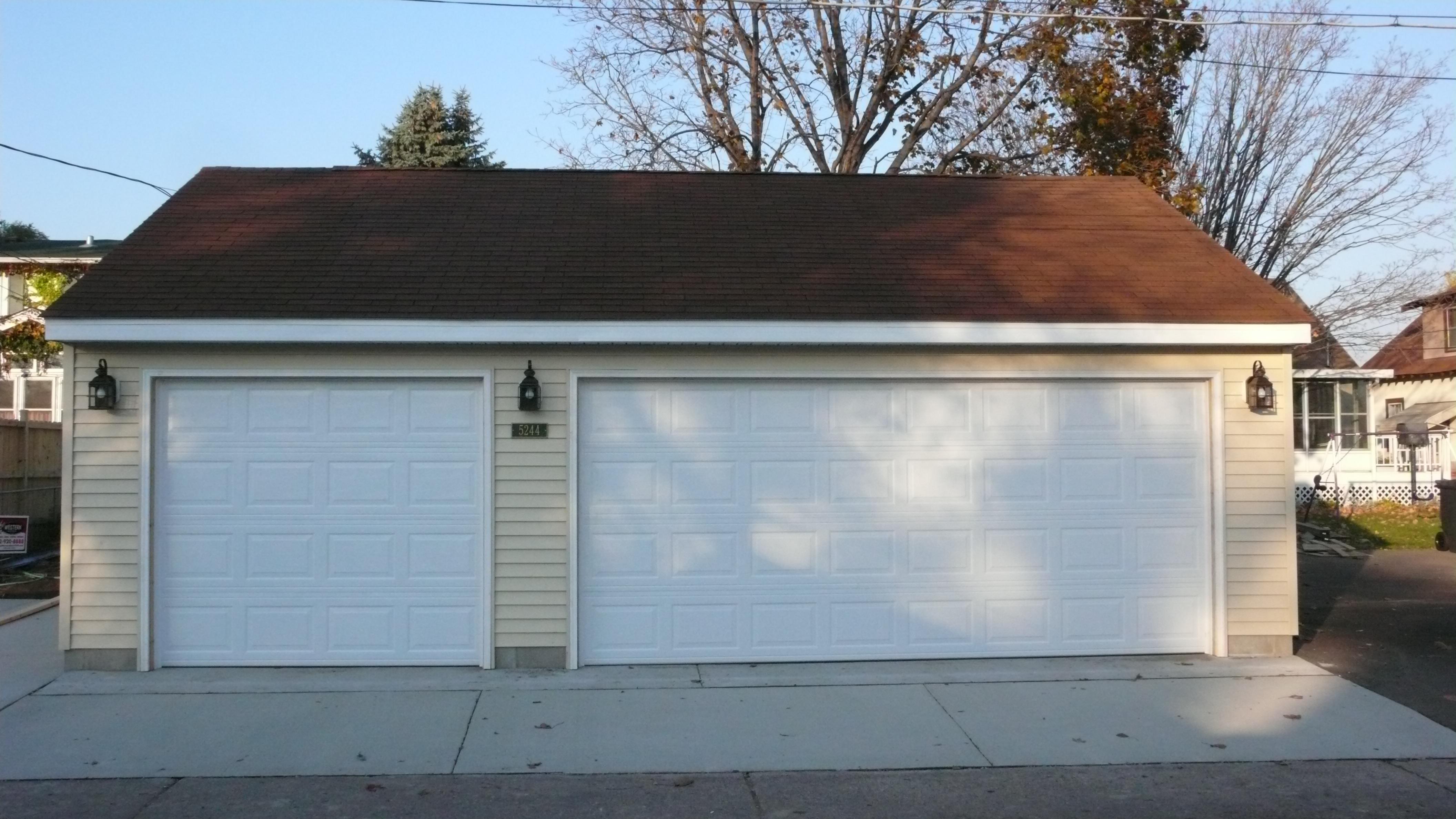 Garage Builders MN Three Car Garage Size