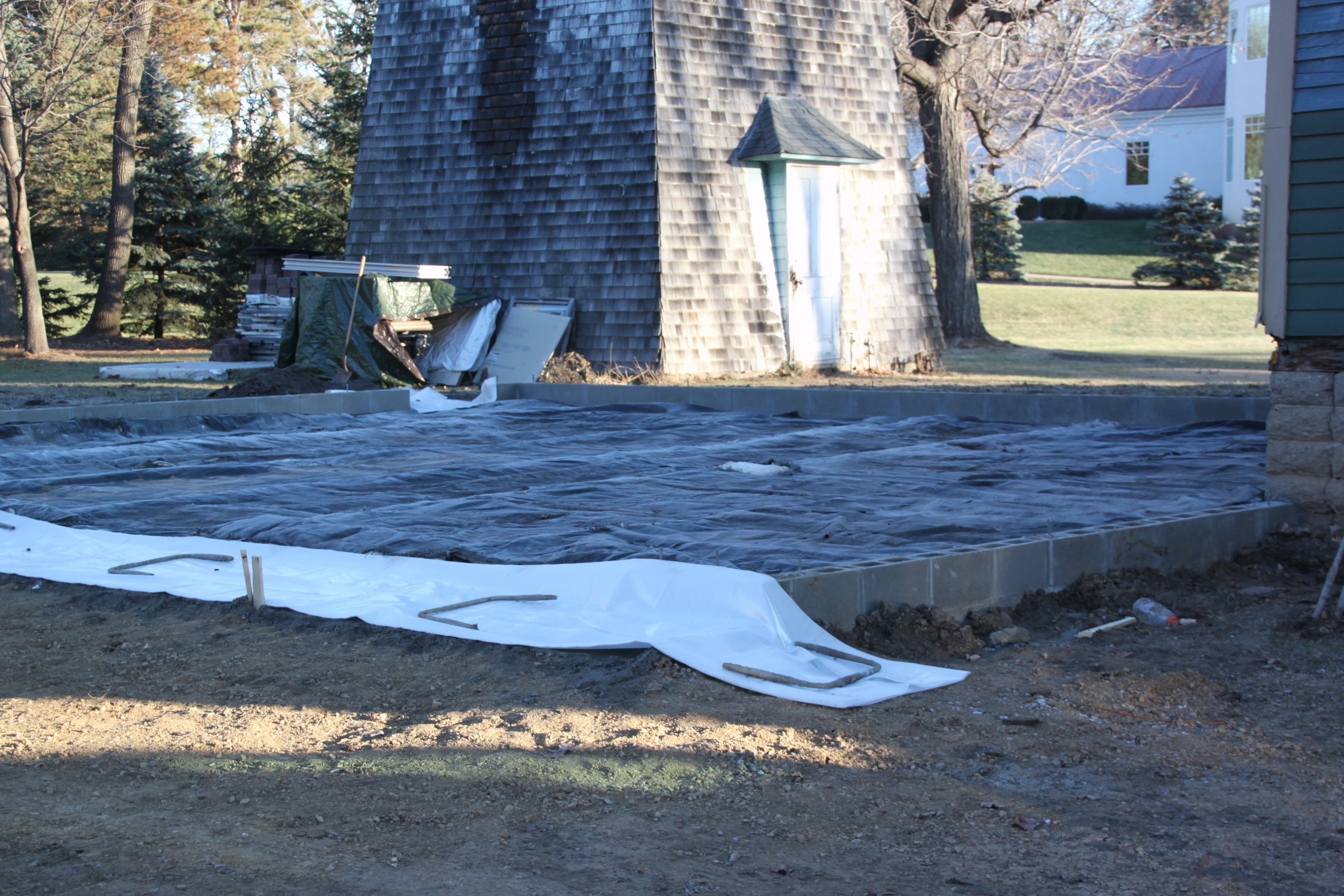 Custom garage slab winter protection cement blankets