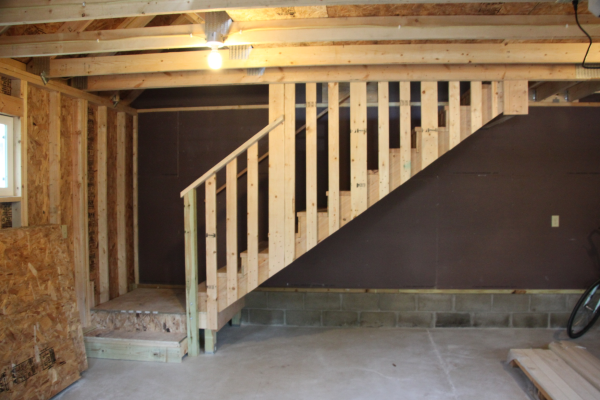 Amish Built Attic Car Garage With Loft Space: Garage Room In Attic Truss Staircase V/s Ladder