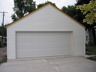 South_Minneapolis_2_car_storage_truss_garage.jpg