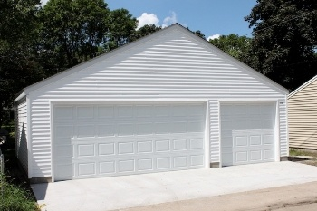 Minneapolis st paul garage designs and styles gallery for Cost to build a garage st louis