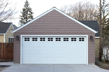 2_car_garage_with_James_Hardie_Shingle_and_lap_siding_copy-806610-edited.jpg