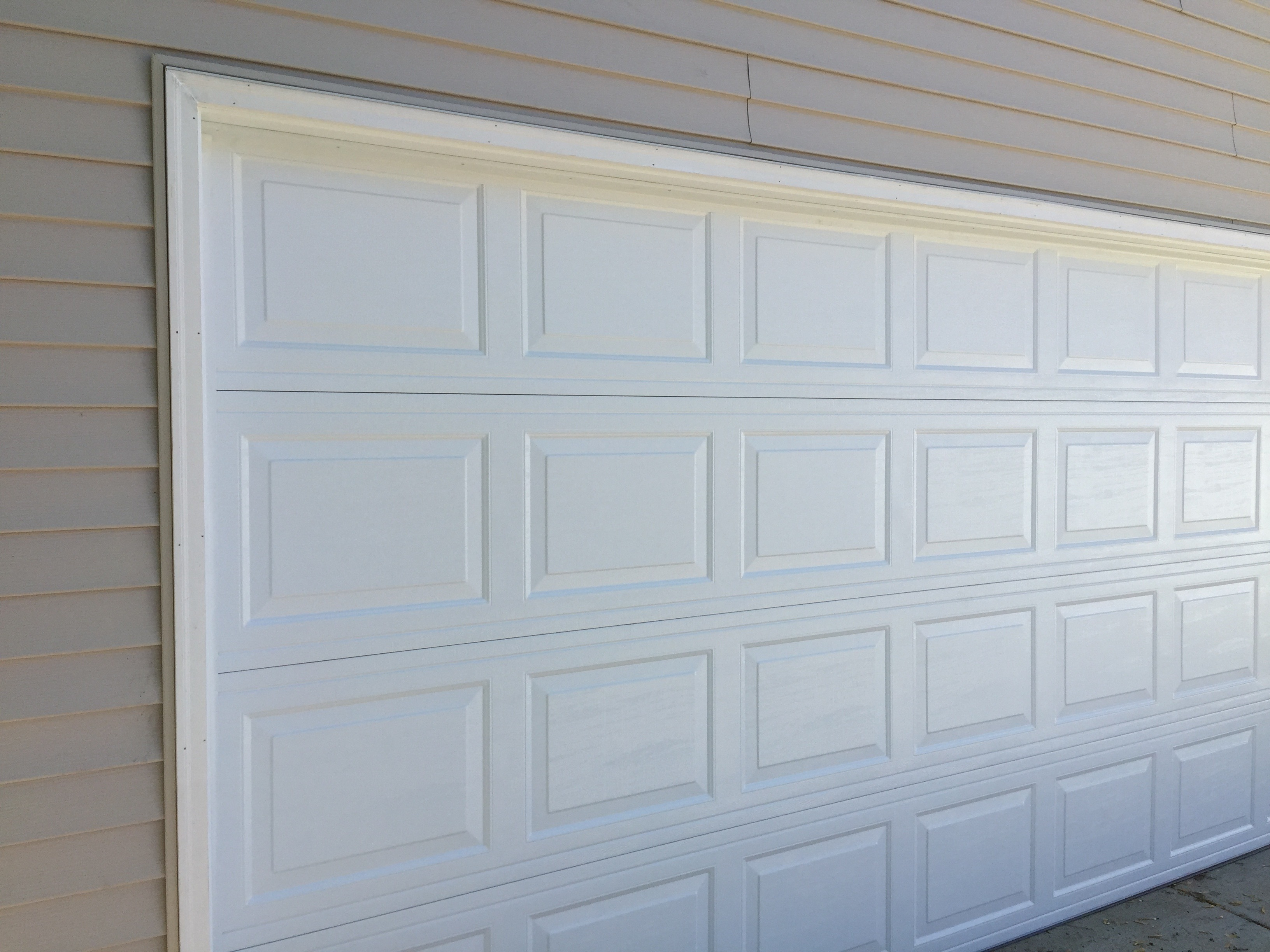 Minnesota Garage Doors.  North_Central_Garage_Doors_Timberland_Classic_Panel_Garage_Door