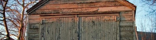 Western_Garage_Builders_Home_Page_Slider_Old_Garage-067849-edited.jpg
